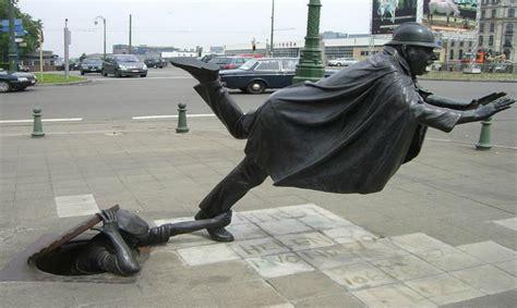 Estatuas ¡que interactúan con el mundo! | Supergracioso