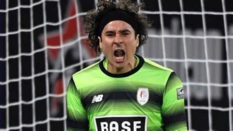 Este es el sorprendente cambio de look del 'Memo' Ochoa
