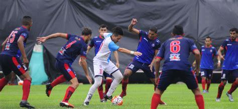 Este fin semana comienza la serie B del futbol ecuatoriano ...