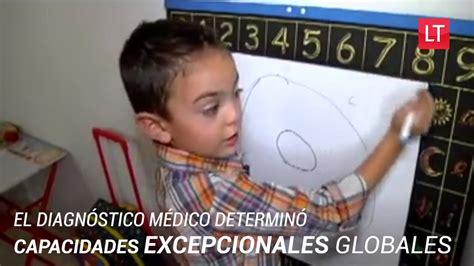 Este niño de 5 años tiene el coeficiente intelectual de ...