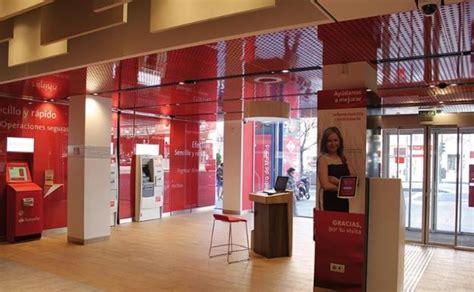 Estos son los bancos que ya abren sus oficinas por la ...