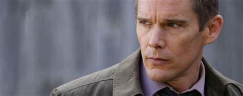 Ethan Hawke adaptará  El pajaro carpintero    Noticias de ...