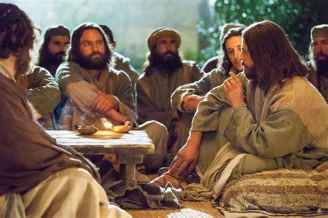 EVANGELIO DEL DÍA: Lc 6, 12 19: Escogió a doce de ellos y ...