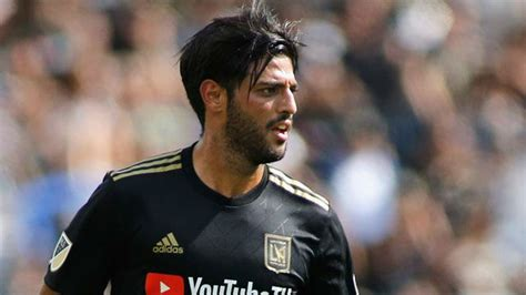 Exclusive: Barcelona put brakes on move for LAFC's Carlos Vela