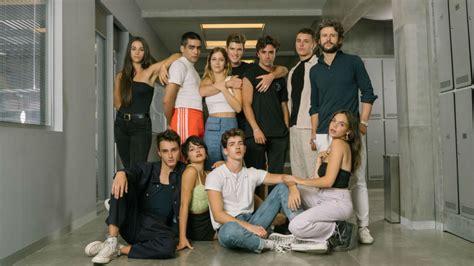 Exitoina   Netflix presentó a los nuevos protagonistas de ...