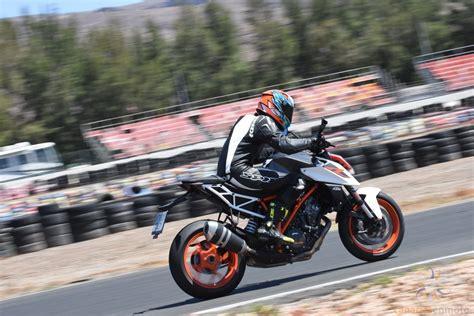 Experiencias de pilotaje en Maspalomas con Ducati Canarias ...