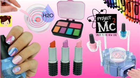 Experimento de Maquillaje y Diseño de Uñas con Agua ...