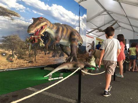 Exposició de dinosaures animatrònics al Nou Parc Central