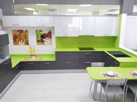 Exposición | Muebles de cocina y complementos en Reus ...