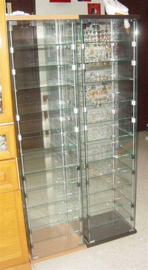 extra shelves in detolf case   DA.C | Ikea display case ...
