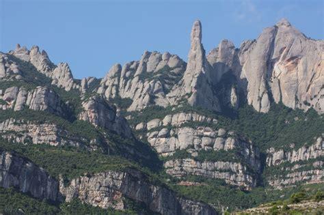 Extrañas Desapariciones en la Montaña de Montserrat en ...