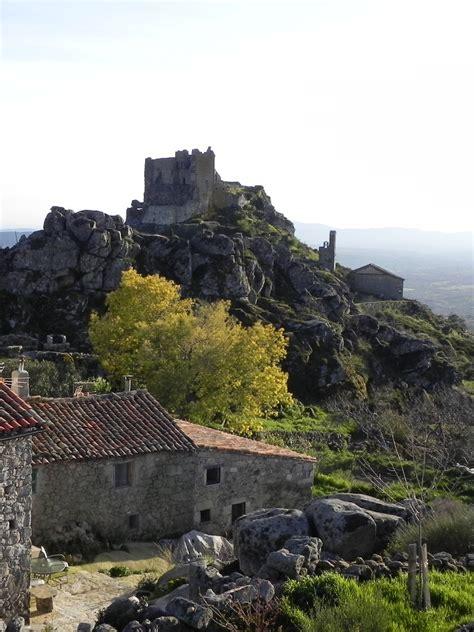 EXTREMOS DEL DUERO: castillo de trevejo. cáceres.