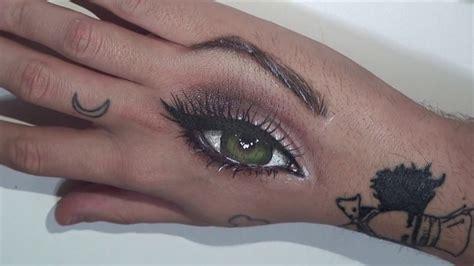 Eye drawing using only makeup/ Dibujo un ojo utilizando ...