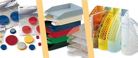 Fabricación de material escolar y artículos para la oficina