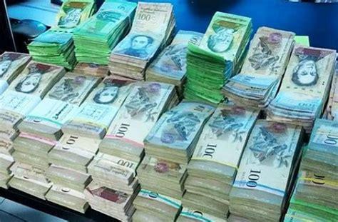 Facebook: turista cambia 1000 euros en Venezuela y recibe ...