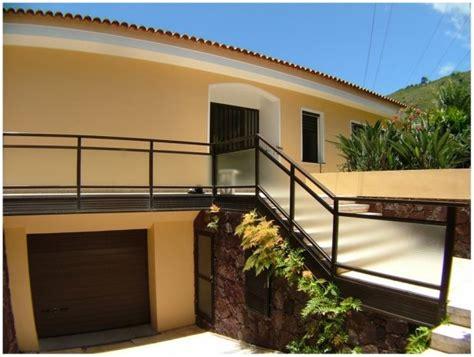fachada color beige • Mallorquimica