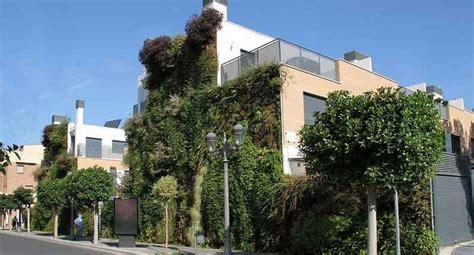 Fachada vegetal vertical: ideas para una casa verde ...