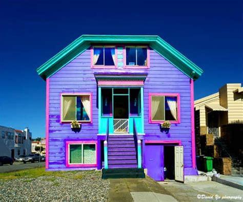 Fachadas coloridas para inspirarte y salir de la monotonía ...