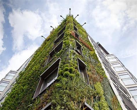 Fachadas vegetales para mejorar la eficiencia energética ...