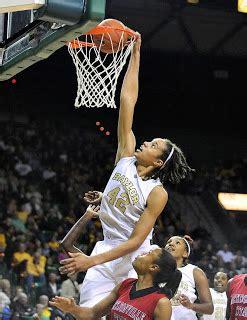 Factoría NBA: La triste realidad del baloncesto femenino
