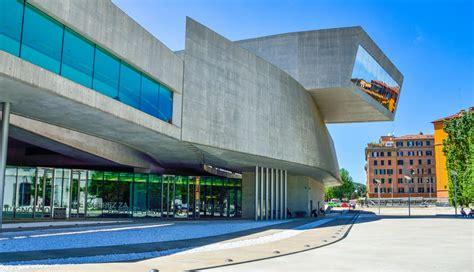 Falleció la arquitecta Zaha Hadid: aquí sus mejores obras ...