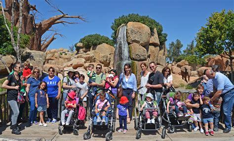 Familias de niños y jóvenes con parálisis cerebral de la ...