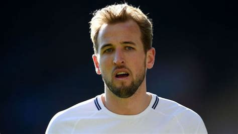 Fans are not having Harry Kane s official weight for World ...