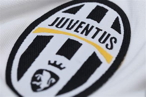 Fans sind außer sich: Juventus Turin ändert eigenes Logo ...