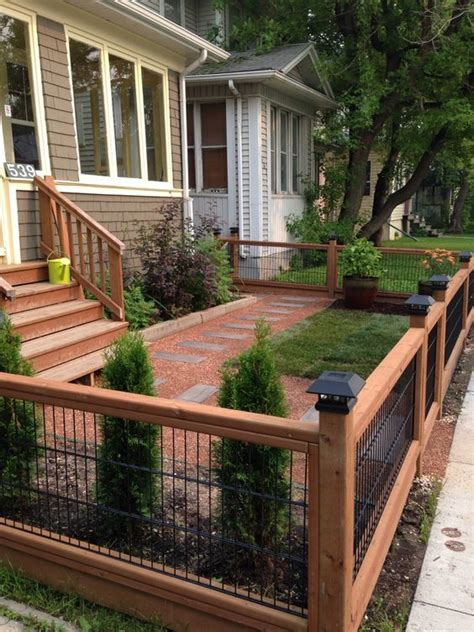 Fantastic And Fancy Fence Design Ideas   Small front yard ...