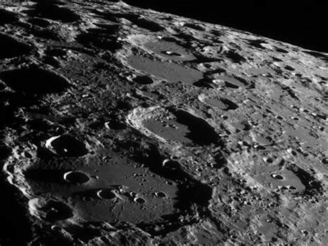 Fantastic Images of Moon Taken from Earth  12 pics ...