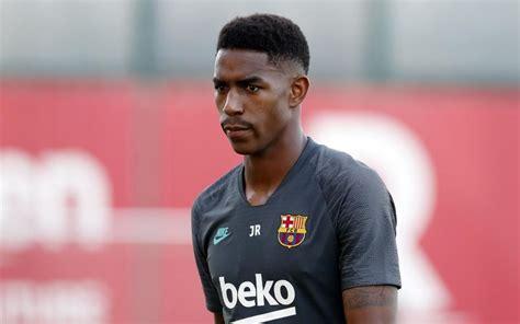 FC Barcelone : Junior Firpo lance un message fort à Lionel ...