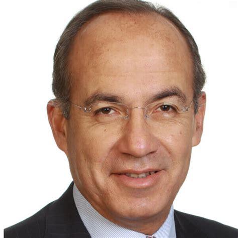 Felipe de Jesús Calderón Hinojosa: Los 300