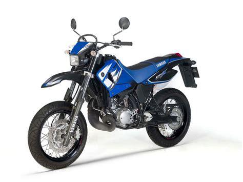 Ficha técnica de la Yamaha DT 125 X 2006   Masmoto.es
