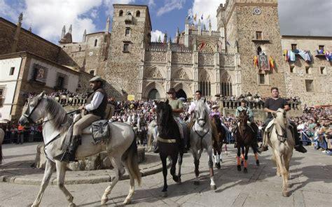 Fiesta de la Hispanidad   Fiestas de España   España ...