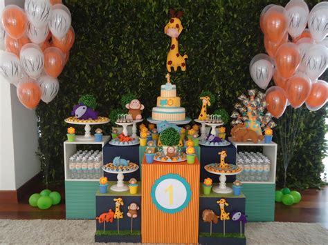 Fiesta Desatacada: Safari de 1er Cumpleaños   Fiestas ...