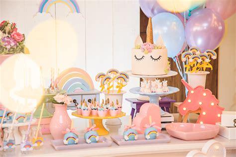 Fiesta temática de unicornios para celebrar un cumpleaños ...