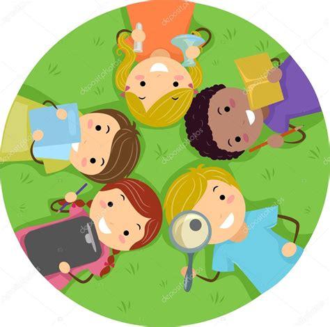 Figura de un niño estudiando | niños estudiando en la ...