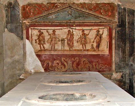 File:Ancient Bar, Pompeii.jpg   Wikipedia