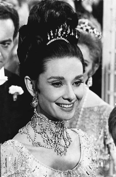File:Audrey Hepburn   1964.jpg