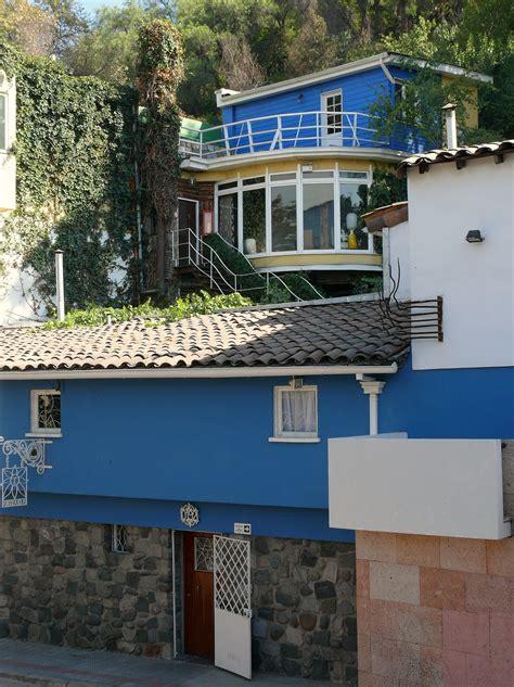 File:Casa de Pablo Neruda La Chascona 03.JPG   Wikimedia ...