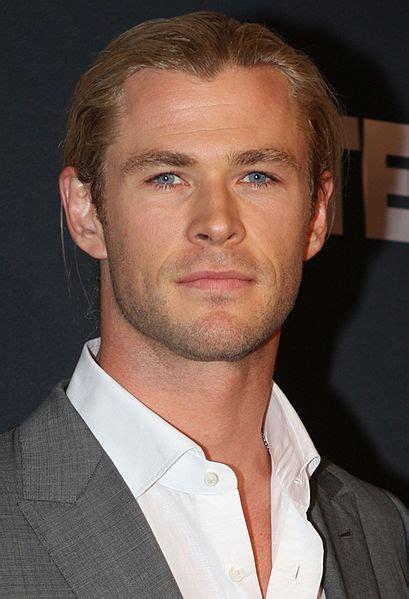 File:Chris Hemsworth 3, 2013.jpg   Wikimedia Commons