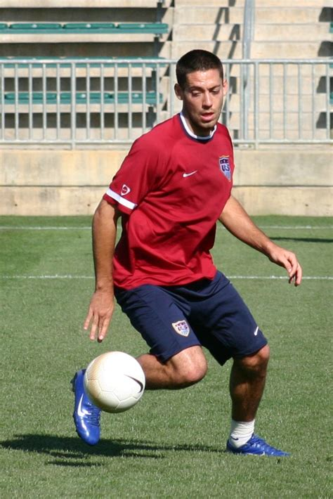 File:Clint Dempsey USA training.jpg   Wikipedia