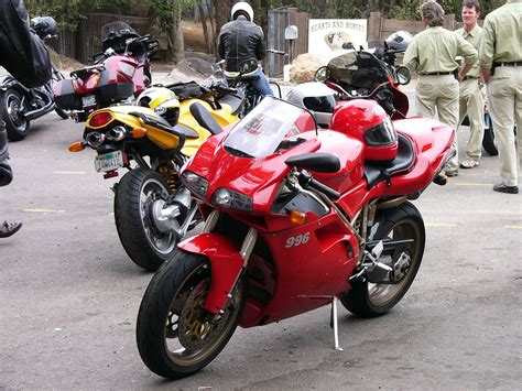 File:Ducati 996 at The Rock Store.jpg   Wikimedia Commons