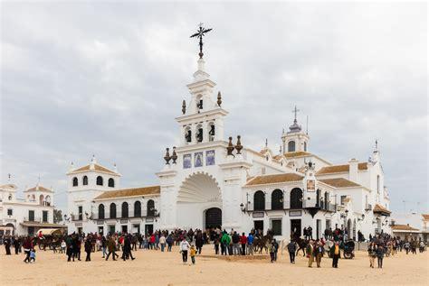 File:Ermita del Rocío, El Rocío, Huelva, España, 2015 12 ...