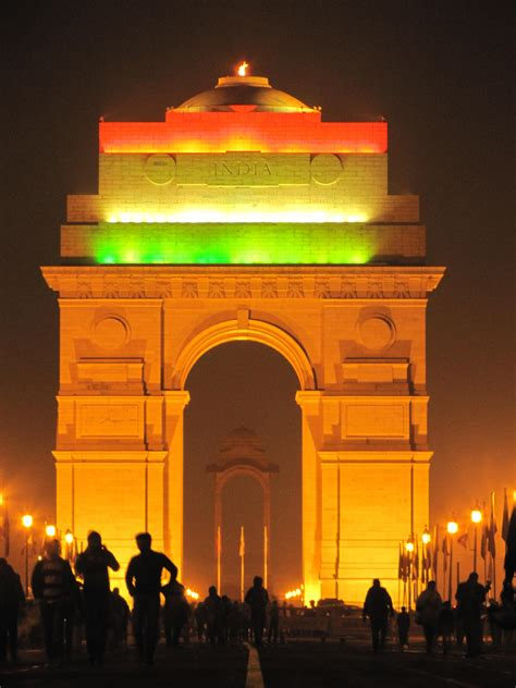 File:India Gate ,Delhi , India.jpg   Wikimedia Commons