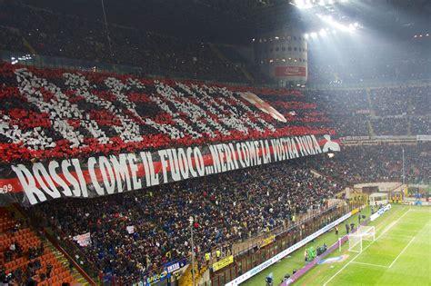 File:Inter Milan february 2013 choreography, Milan.jpg ...