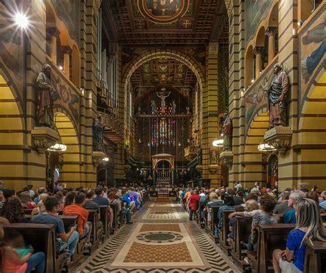 File:Monasterio de São Bento Interior, São Paulo, Brazil ...
