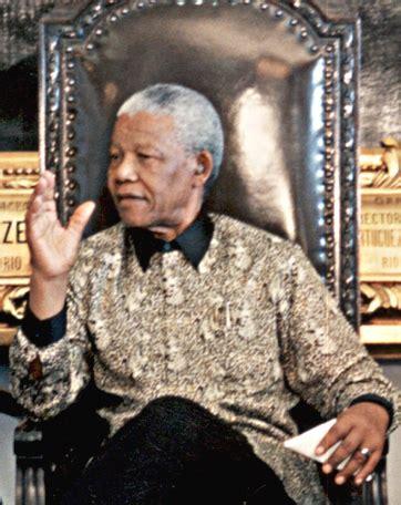 File:Nelson Mandela 1998.JPG   Wikimedia Commons