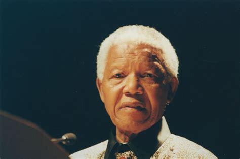File:Nelson Mandela, 2000  3 .jpg   Wikimedia Commons