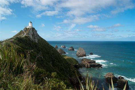 File:Nugget Point Lighthouse   New Zealand.jpg   Wikimedia ...